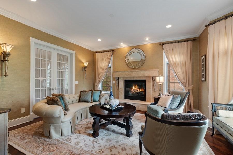Real Estate Photography - 323 Thackeray, Northfield, IL, 60093 - Living Room
