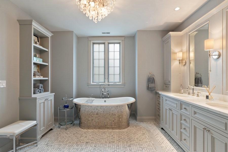 Real Estate Photography - 323 Thackeray, Northfield, IL, 60093 - Master Bathroom