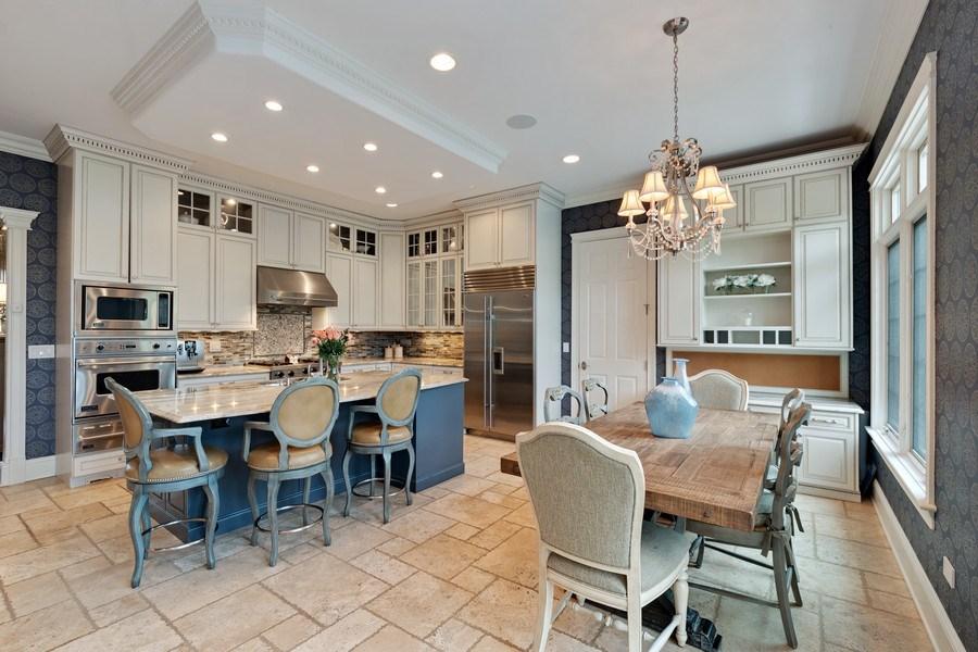 Real Estate Photography - 323 Thackeray, Northfield, IL, 60093 - Kitchen