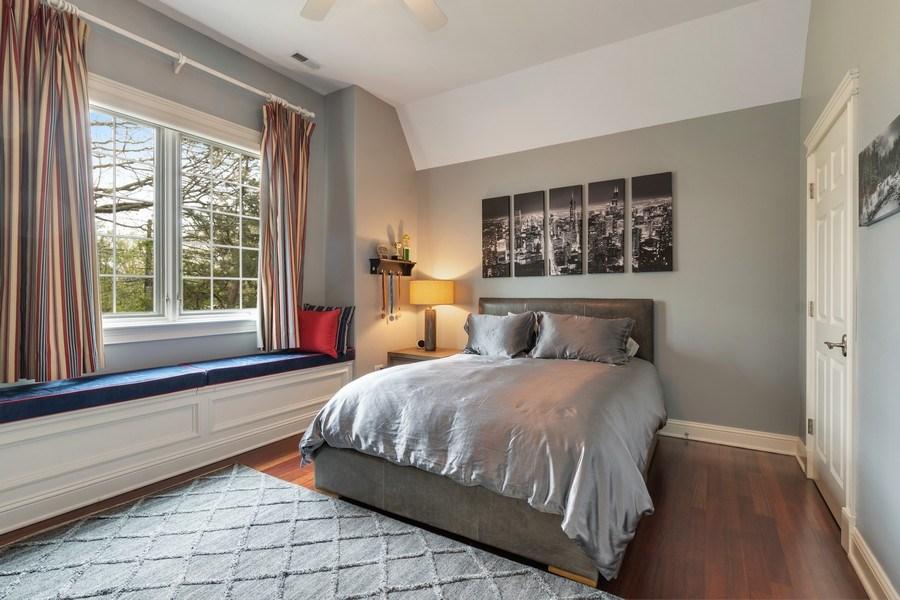 Real Estate Photography - 323 Thackeray, Northfield, IL, 60093 - Bedroom