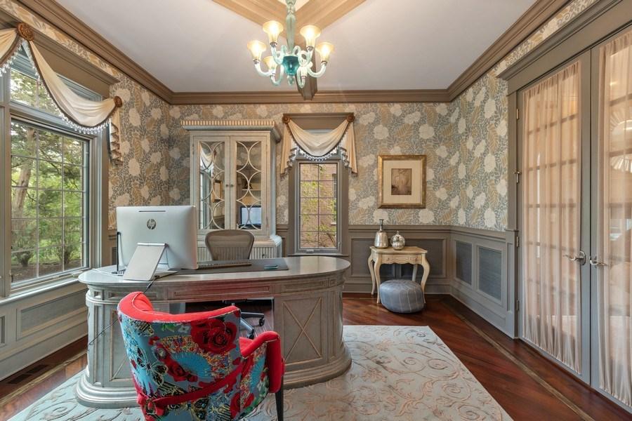 Real Estate Photography - 323 Thackeray, Northfield, IL, 60093 - Office