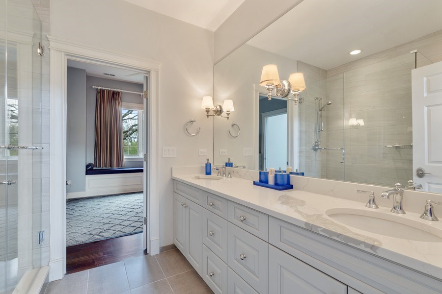 Real Estate Photography - 323 Thackeray, Northfield, IL, 60093 - 2nd Bathroom