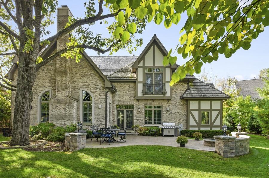 Real Estate Photography - 323 Thackeray, Northfield, IL, 60093 -