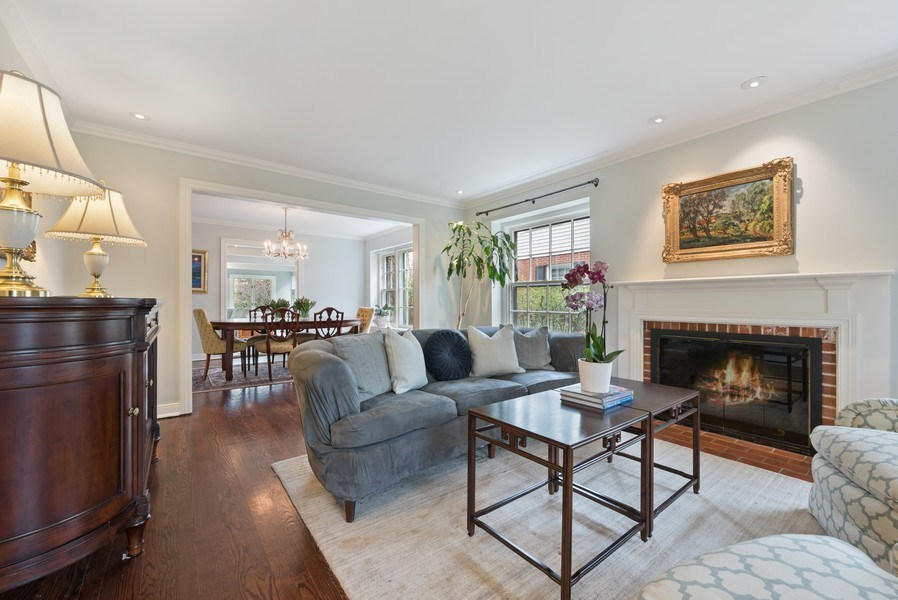 Real Estate Photography - 1156 Cherry, Winnetka, IL, 60093 - Living Room