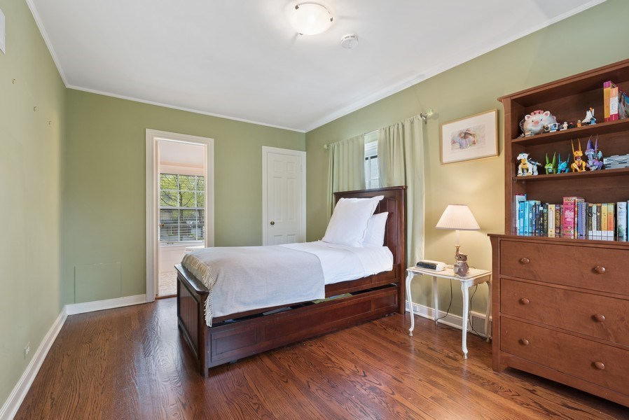 Real Estate Photography - 1156 Cherry, Winnetka, IL, 60093 - 2nd Bedroom