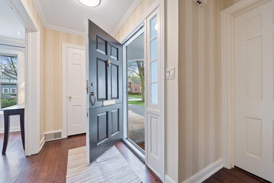 Real Estate Photography - 1156 Cherry, Winnetka, IL, 60093 - Foyer
