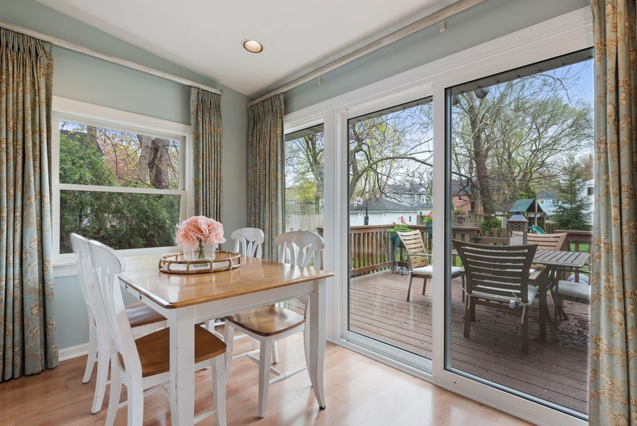 Real Estate Photography - 1156 Cherry, Winnetka, IL, 60093 - Breakfast Area