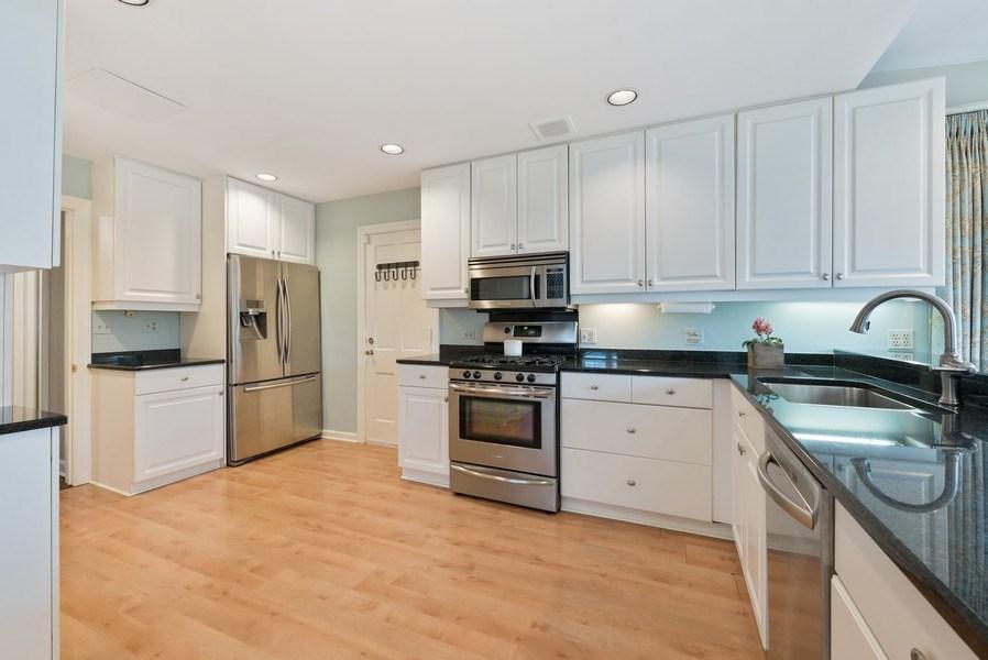 Real Estate Photography - 1156 Cherry, Winnetka, IL, 60093 - Kitchen