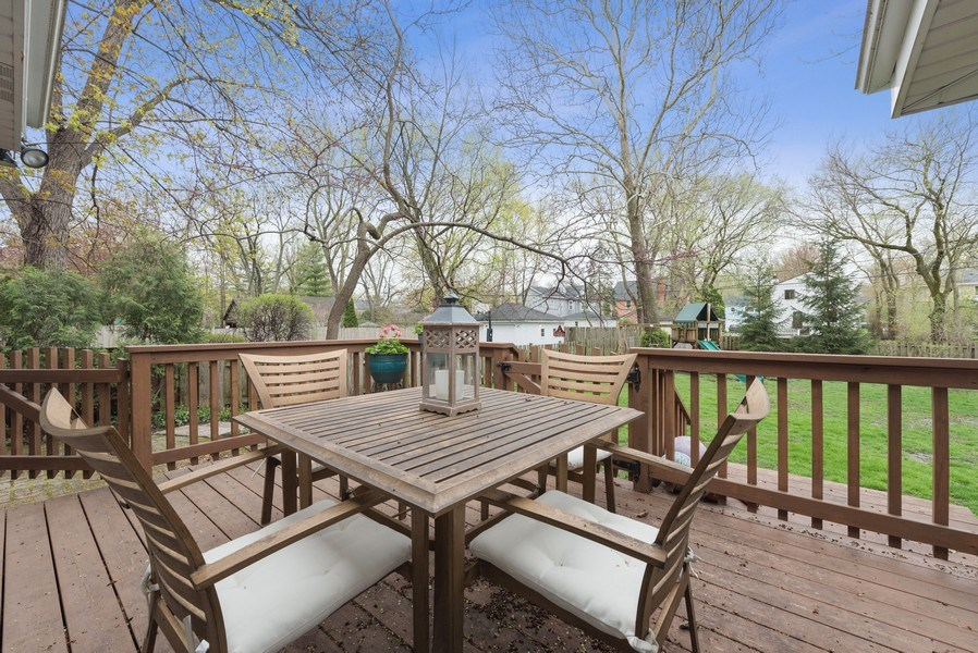 Real Estate Photography - 1156 Cherry, Winnetka, IL, 60093 - Deck