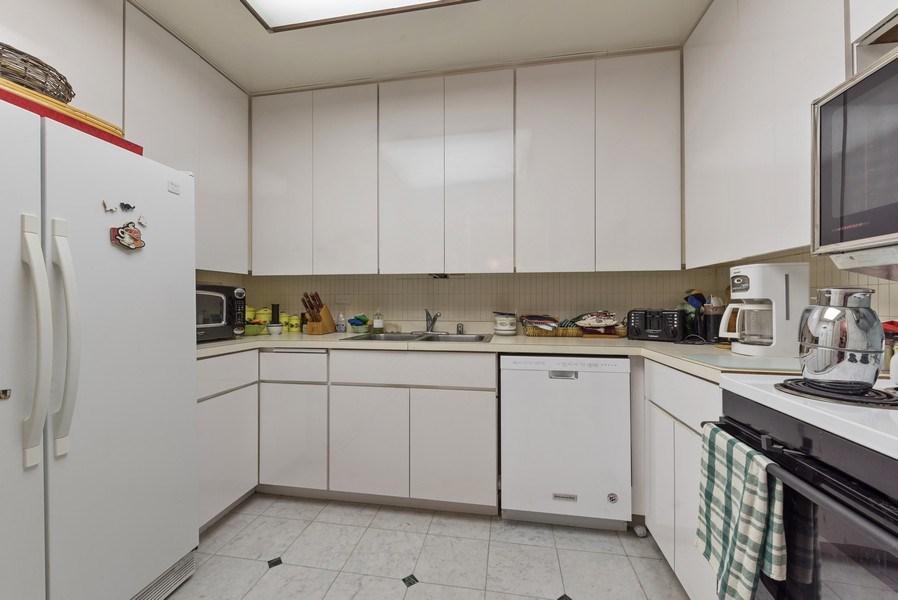 Real Estate Photography - 100 E Bellevue, 22C, Chicago, IL, 60611 - Kitchen