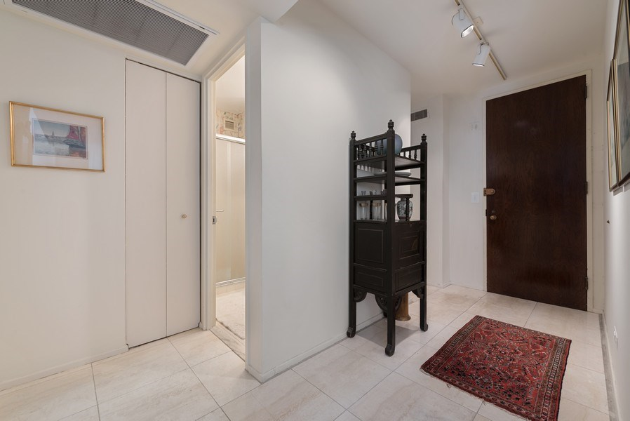 Real Estate Photography - 100 E Bellevue, 22C, Chicago, IL, 60611 - Entryway
