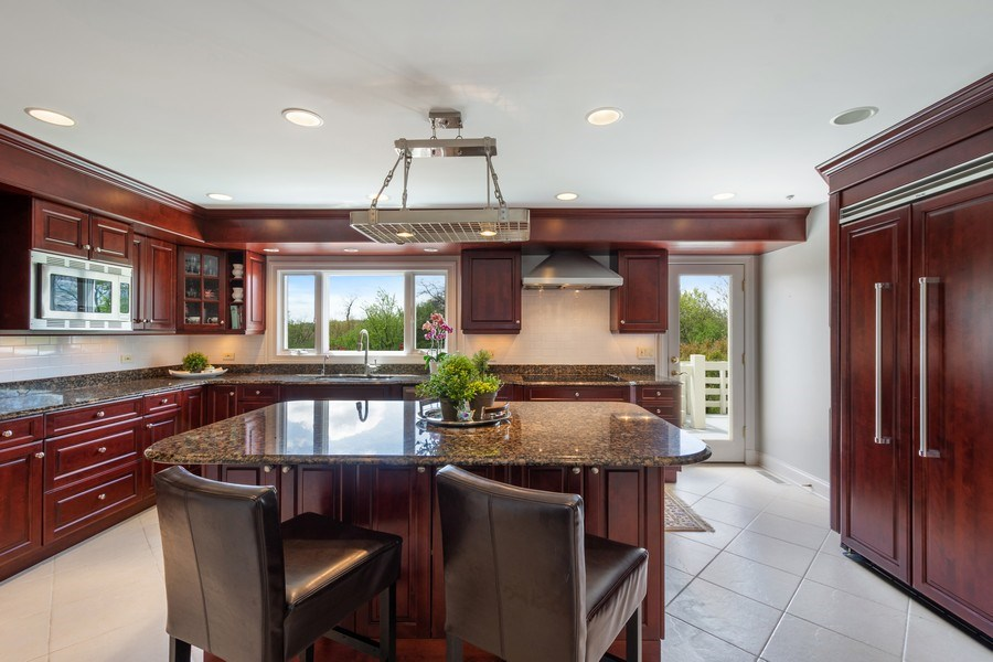 Real Estate Photography - 306 Ridge Road, Barrington Hills, IL, 60010 - Kitchen