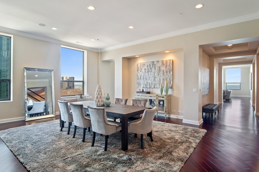 Real Estate Photography - 910 S Michigan, #1903, Chicago, IL, 60605 - Dining Room