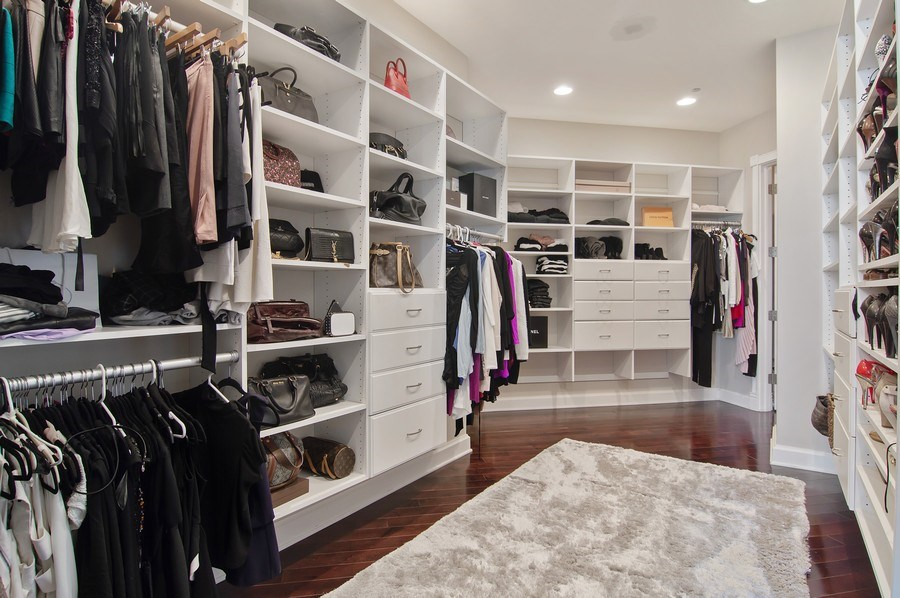 Real Estate Photography - 910 S Michigan, #1903, Chicago, IL, 60605 - Master Bedroom Closet