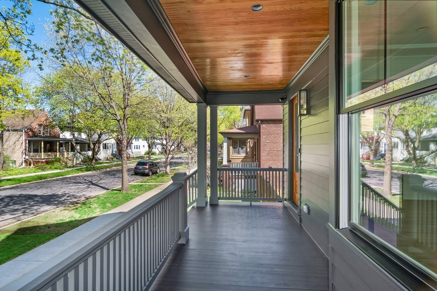 Real Estate Photography - 1114 South Scoville Avenue, Oak Park, IL, 60304 - Location 2