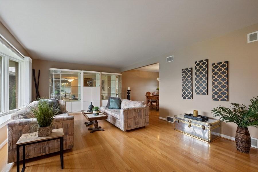 Real Estate Photography - 1721 E Seminole Ln, Mount Prospect, IL, 60056 - Living Room