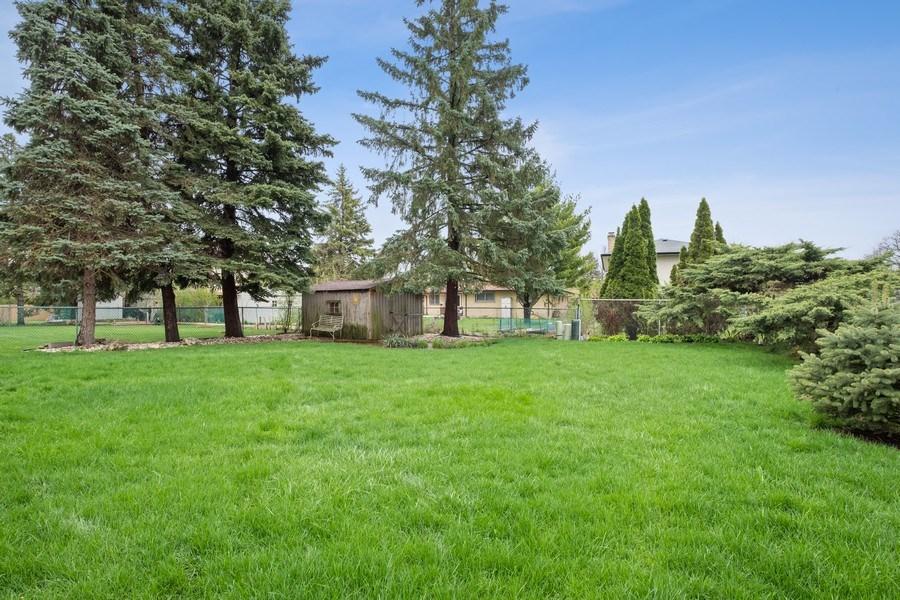 Real Estate Photography - 1721 E Seminole Ln, Mount Prospect, IL, 60056 - Back Yard