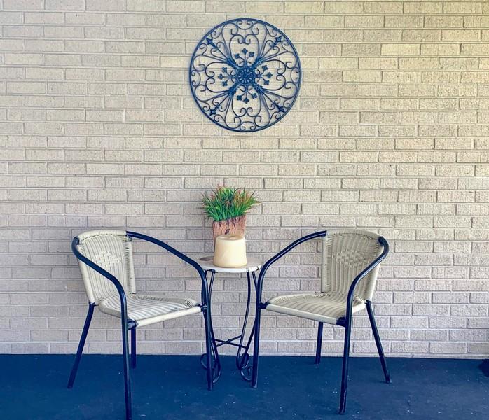 Real Estate Photography - 1721 E Seminole Ln, Mount Prospect, IL, 60056 - FRONT  PORCH