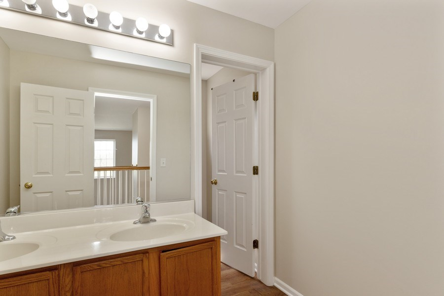Real Estate Photography - 1655 Forest View Way, Antioch, IL, 60002 - Hall Bath