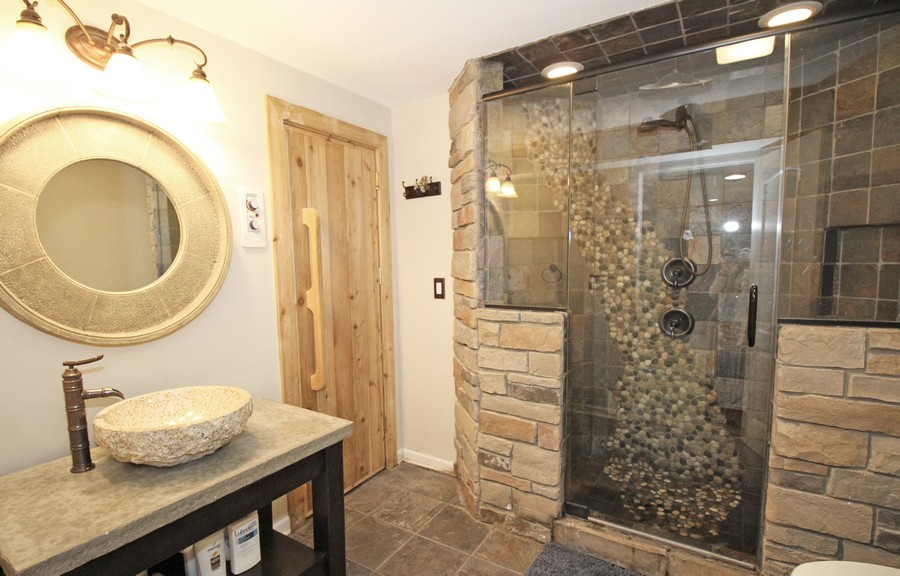 Real Estate Photography - 1655 Forest View Way, Antioch, IL, 60002 - Basement Bath