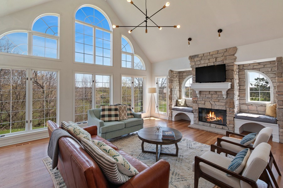 Real Estate Photography - W1186 Trieste Dr, Lake Geneva, WI, 53147 - Family Room