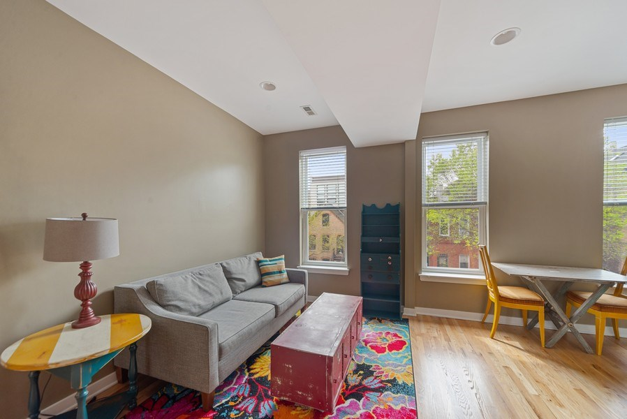 Real Estate Photography - 1347 N. Greenview, #3F, Chicago, IL, 60642 - Living Areas
