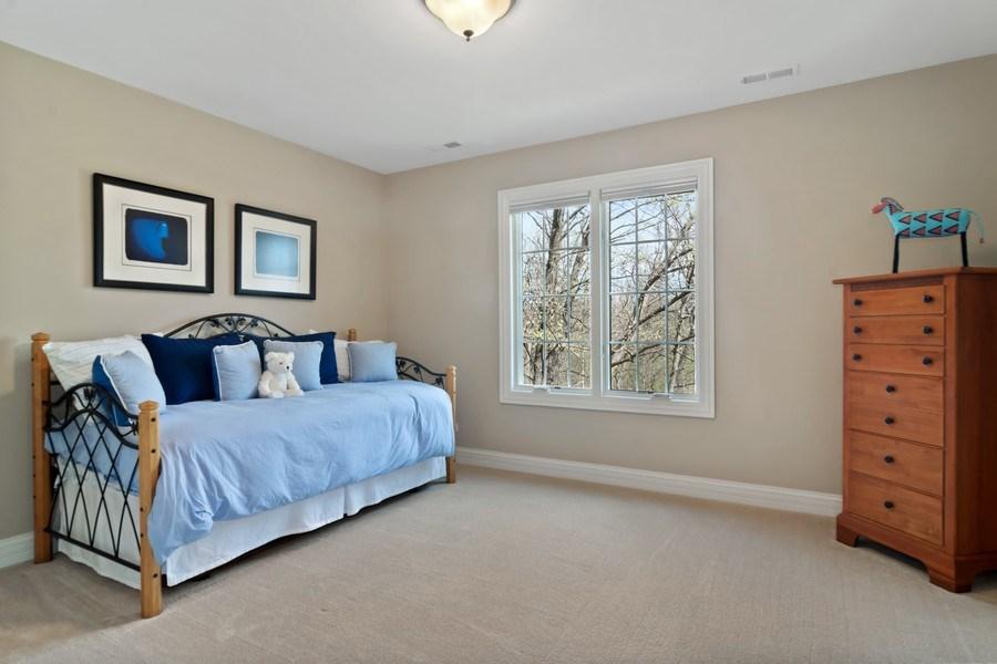 Real Estate Photography - 6 Scarlet Oak, Hawthorn Woods, IL, 60047 - 2nd Bedroom