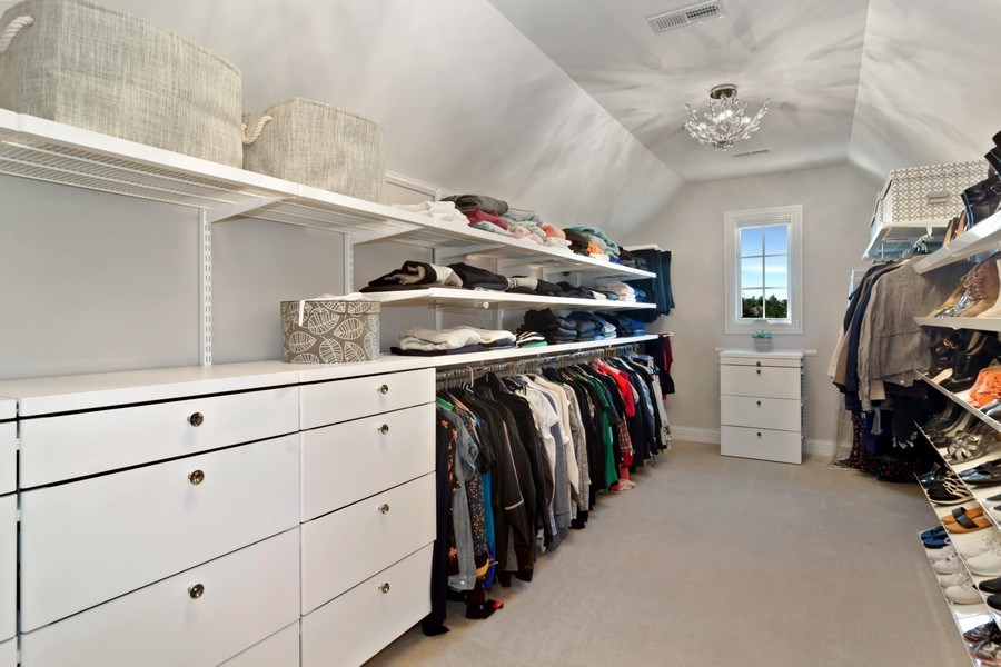 Real Estate Photography - 6 Scarlet Oak, Hawthorn Woods, IL, 60047 - Master Bedroom Closet