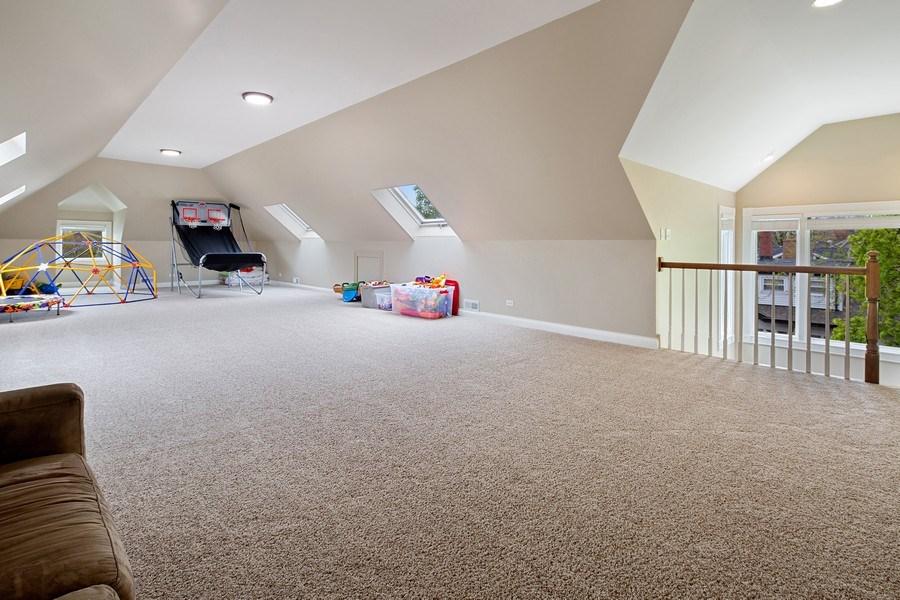 Real Estate Photography - 487 S Arlington, Elmhurst, IL, 60126 - 3rd Floor