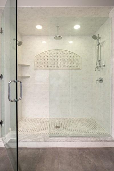 Real Estate Photography - 487 S Arlington, Elmhurst, IL, 60126 - Bathroom