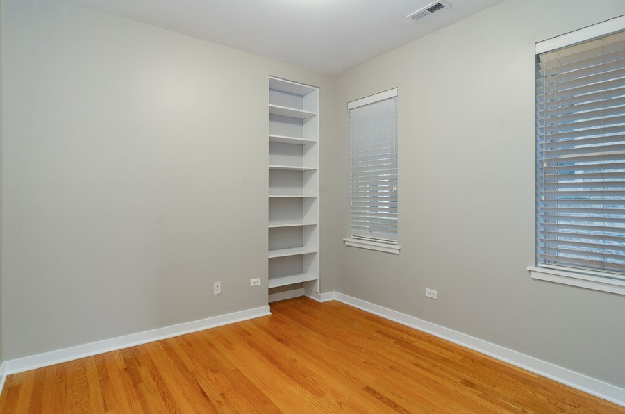 Real Estate Photography - 2055 W Farragut Ave Unit 1, Chicago, IL, 60625 - 3rd Bedroom