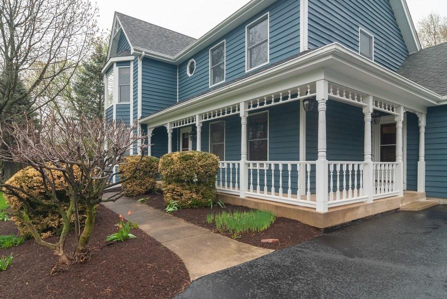 Real Estate Photography - 37W935 Spring Green Way, Batavia, IL, 60510 - Porch