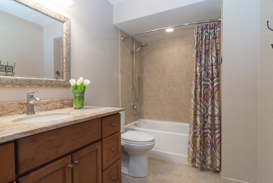 Real Estate Photography - 37W935 Spring Green Way, Batavia, IL, 60510 - 2nd Bathroom