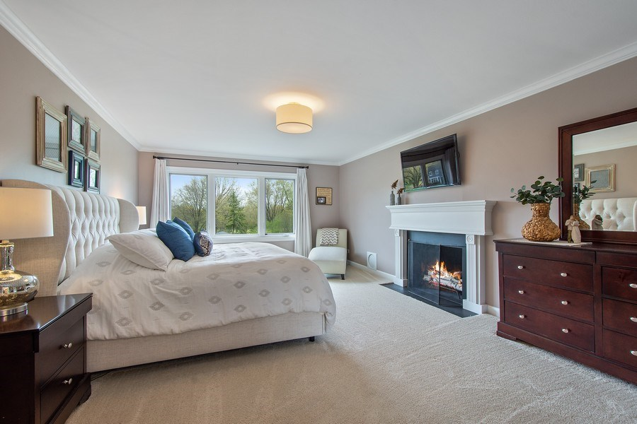 Real Estate Photography - 415 N Valley Rd, Barrington, IL, 60010 - Master Bedroom