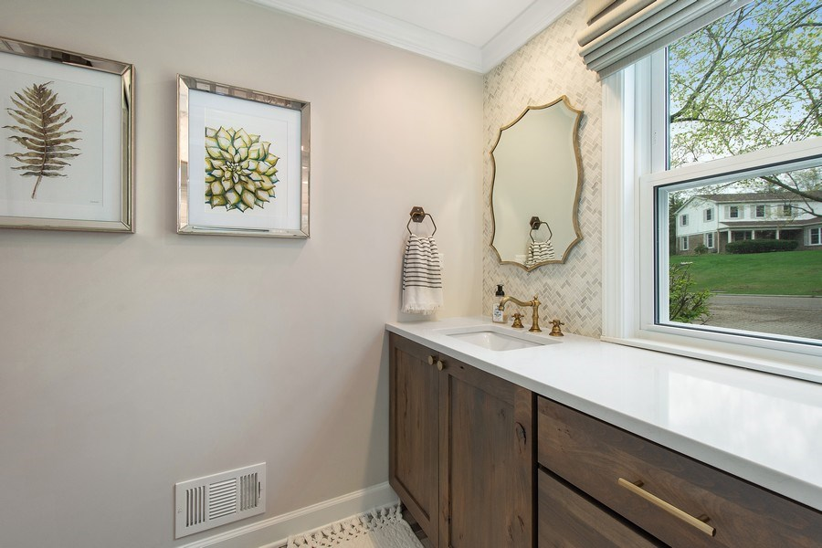 Real Estate Photography - 415 N Valley Rd, Barrington, IL, 60010 - Bathroom