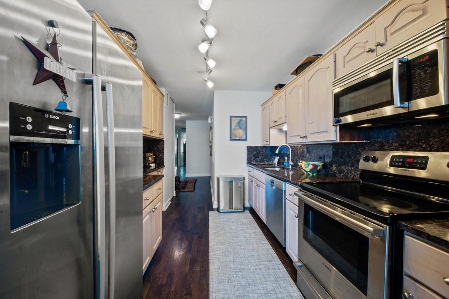 Real Estate Photography - 1440 Lake Shore Drive, 14A, Chicago, IL, 60610 - Kitchen