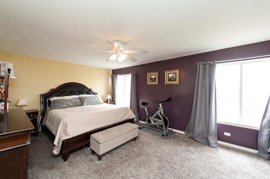 Real Estate Photography - 501 W Cambria Dr, Round Lake, IL, 60073 - Master Bedroom