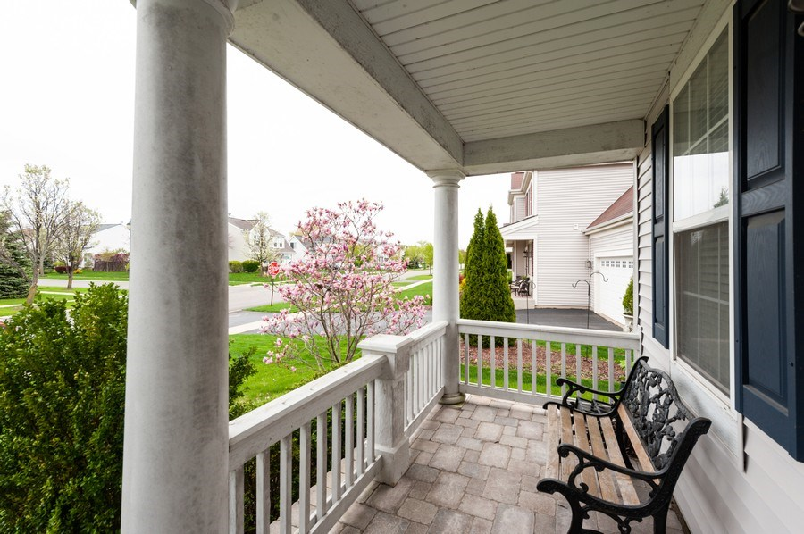 Real Estate Photography - 501 W Cambria Dr, Round Lake, IL, 60073 - Front Porch