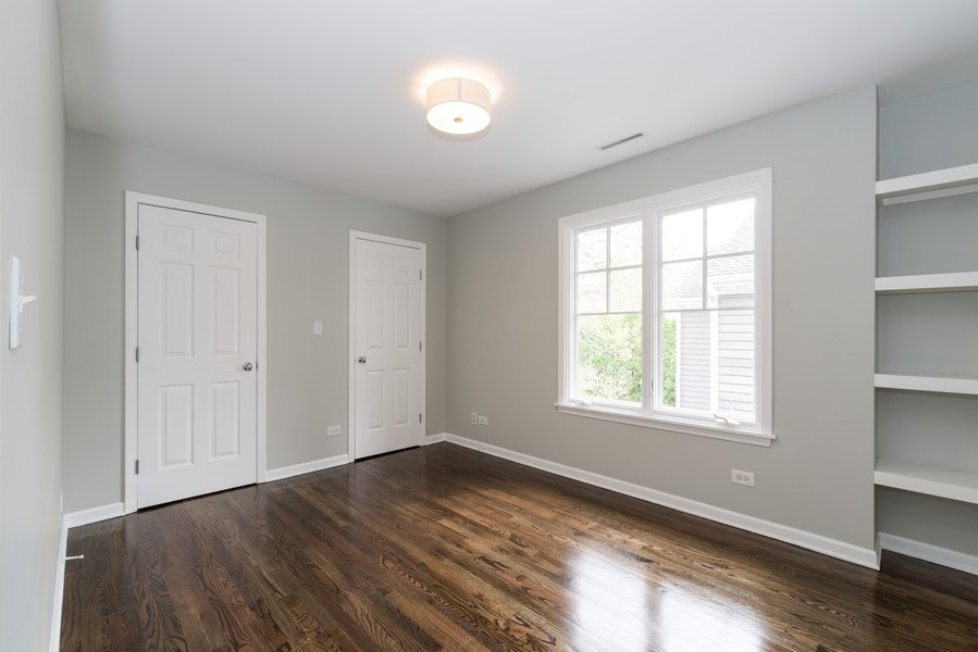 Real Estate Photography - 1437 Asbury Ave, Winnetka, IL, 60093 - 3rd Bedroom