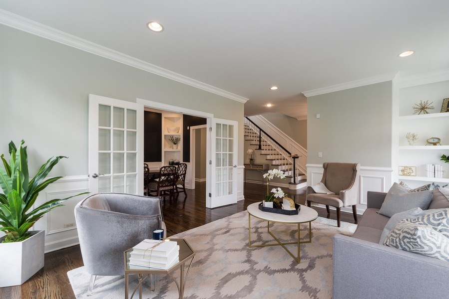 Real Estate Photography - 1437 Asbury Ave, Winnetka, IL, 60093 - Living Room
