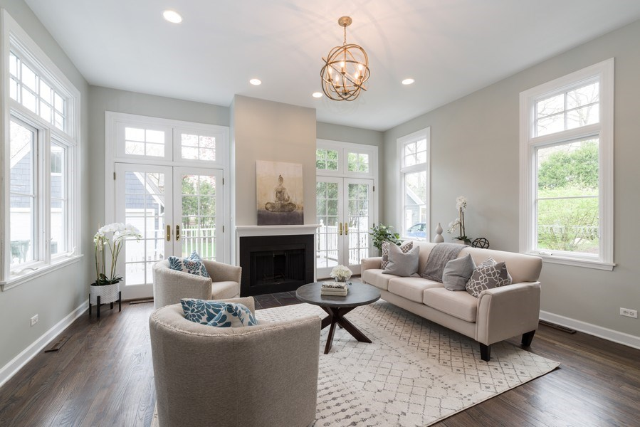 Real Estate Photography - 1437 Asbury Ave, Winnetka, IL, 60093 - Family Room