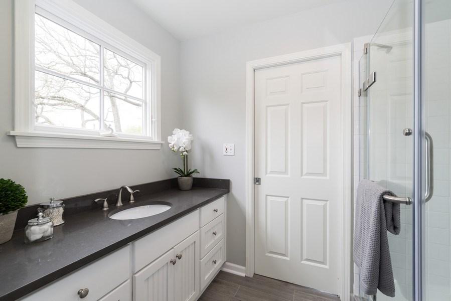 Real Estate Photography - 1437 Asbury Ave, Winnetka, IL, 60093 - Bathroom