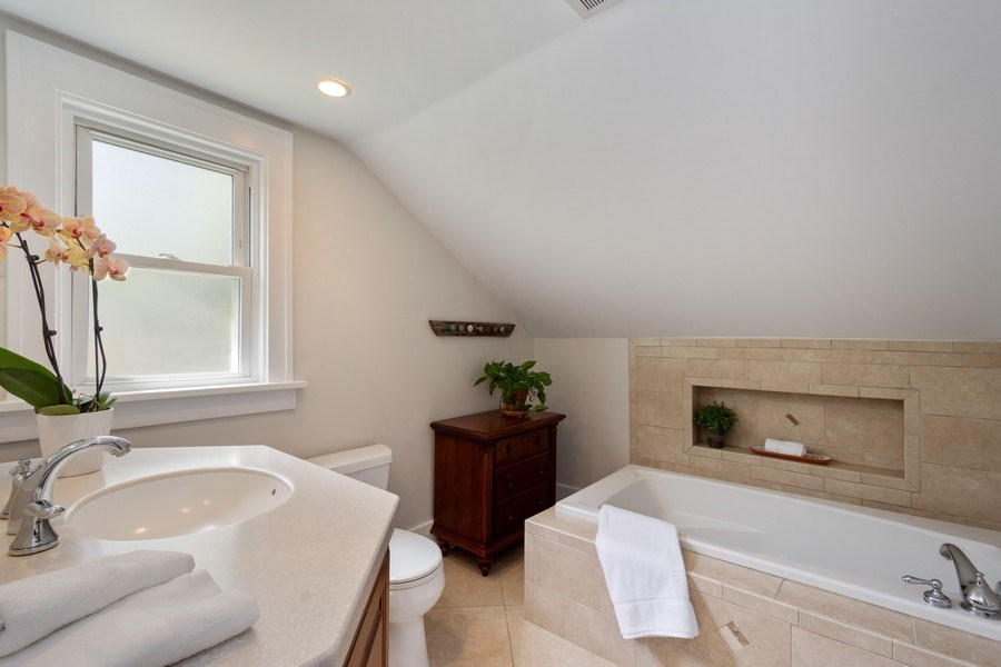 Real Estate Photography - 119 W Russell St, Barrington, IL, 60010 - Master Bathroom