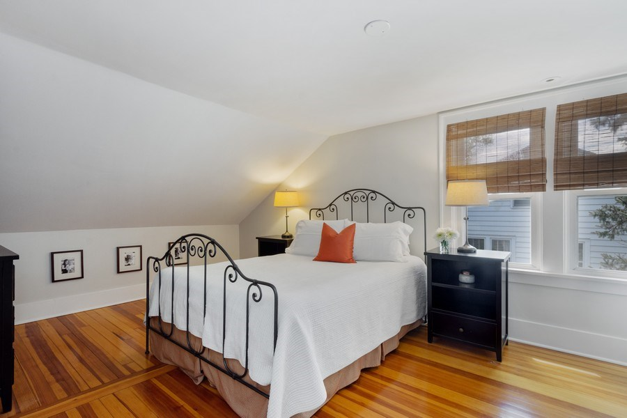 Real Estate Photography - 119 W Russell St, Barrington, IL, 60010 - Master Bedroom