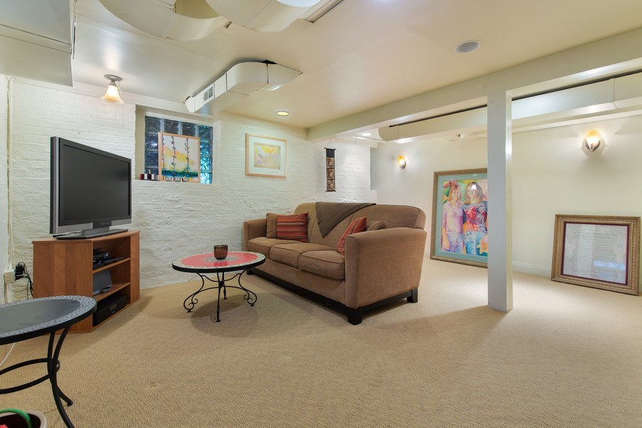 Real Estate Photography - 4101 N Greenview, Chicago, IL, 60613 - Family Room