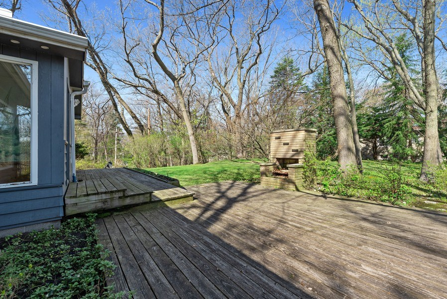 Real Estate Photography - 19335 Highland Dr, New Buffalo, MI, 49117 - Deck
