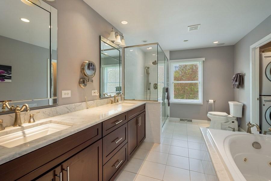 Real Estate Photography - 215 Cold Spring Rd, Barrington, IL, 60010 - Master Bathroom