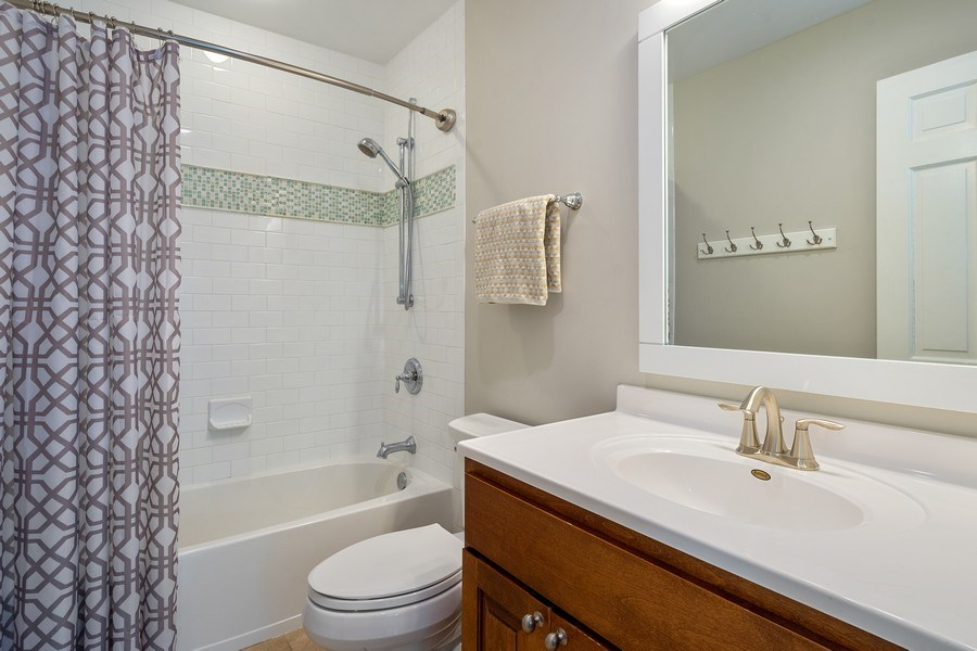 Real Estate Photography - 215 Cold Spring Rd, Barrington, IL, 60010 - 2nd Bathroom