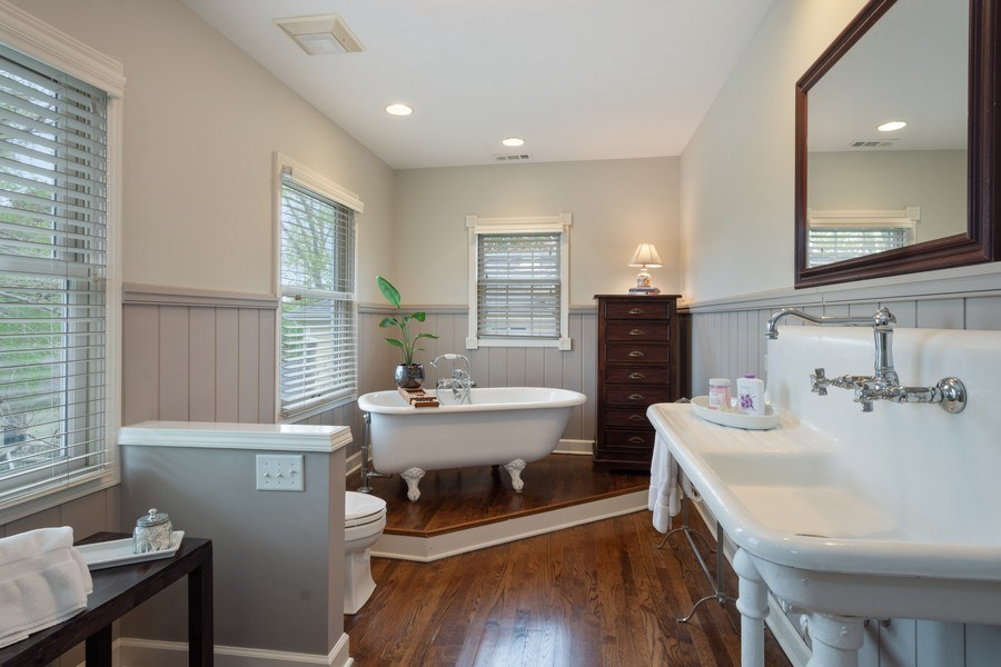 Real Estate Photography - 616 S. Grove Ave, Barrington, IL, 60010 - Master Bathroom