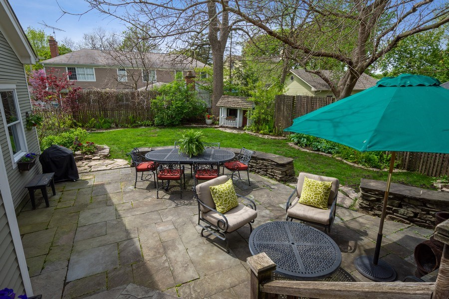 Real Estate Photography - 616 S. Grove Ave, Barrington, IL, 60010 - Patio & Back Yard